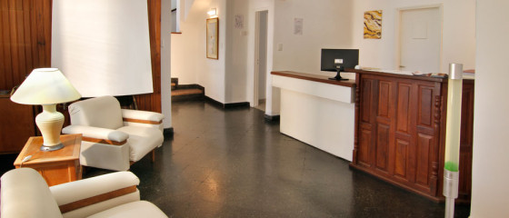 Recepción del Hotel Santa Rosa